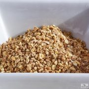 Grated lemon zest, 2-3 mm varieyt is also available in 1000 and 250 gram packages.