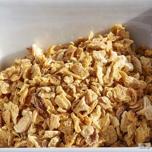 Lemon peels cut 4-8 mm