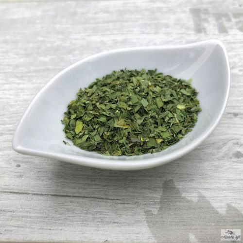 Fenugreek leaves can also be used fried, this way they are suitable for thickening food.
