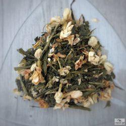Jasmin flower with Green tea leaves